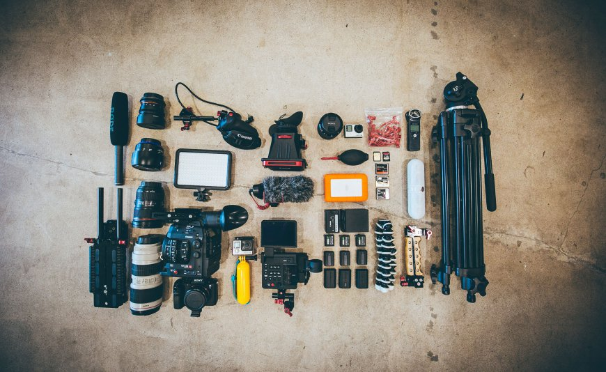 Accessories and accessories for the photographer